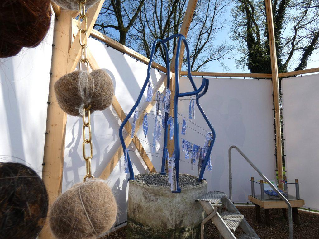 PR-Haren-in-de-Wind-Mariabeeld-Haren-in-de-Wind-replicakerk, kunstinstallatie-begraafplaats-Langezwaag, Under-de-Toer -LF2018, beeldende-kunst-lf2018, kunstenaar-Wietske-Lycklama-à-Nijeholt