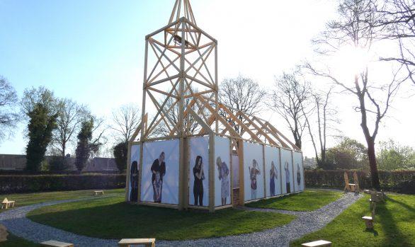 Replicakerk-Haren-in-de-Wind-april7-LF2018-kerk, kunstinstallatie-begraafplaats-Langezwaag, Under-de-Toer -LF2018, beeldende-kunst-lf2018, kunstenaar-Wietske-Lycklama-à-Nijeholt