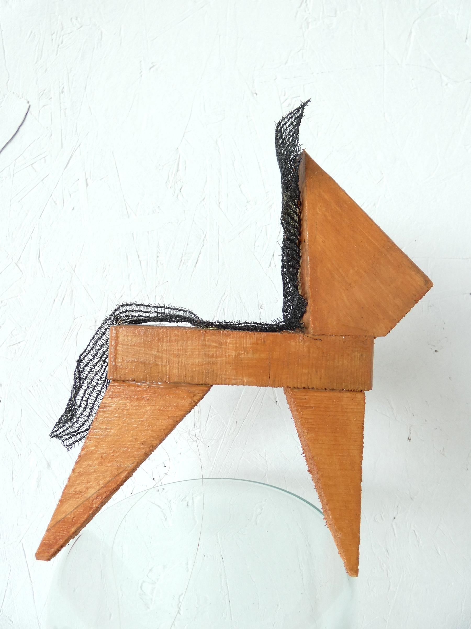 Trots paardje object, proud horse, paardenhaar, artwork, kunst, art, artlovers, hout, kunst kopen, artcollectors, sculpture, art at home, kunst in huis, kunstenaar Wietske Lycklama à Nijeholt
