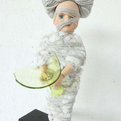 Wolf-in-schaapskleren-sculptuur, ruimtelijk werk, textielkunst, textiel art, artwork, dutchartist, kunstenaar Wietske Lycklama à Nijeholt