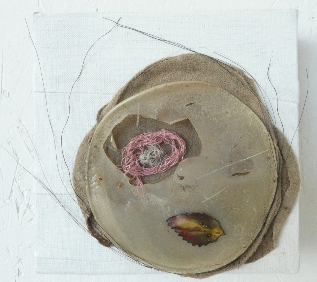 Knipoog, Wink, mixed media schilderij, kunst aan de wand, kunstbeeld, portret, hedendaagse kunst, Wietske Lycklama à Nijeholt