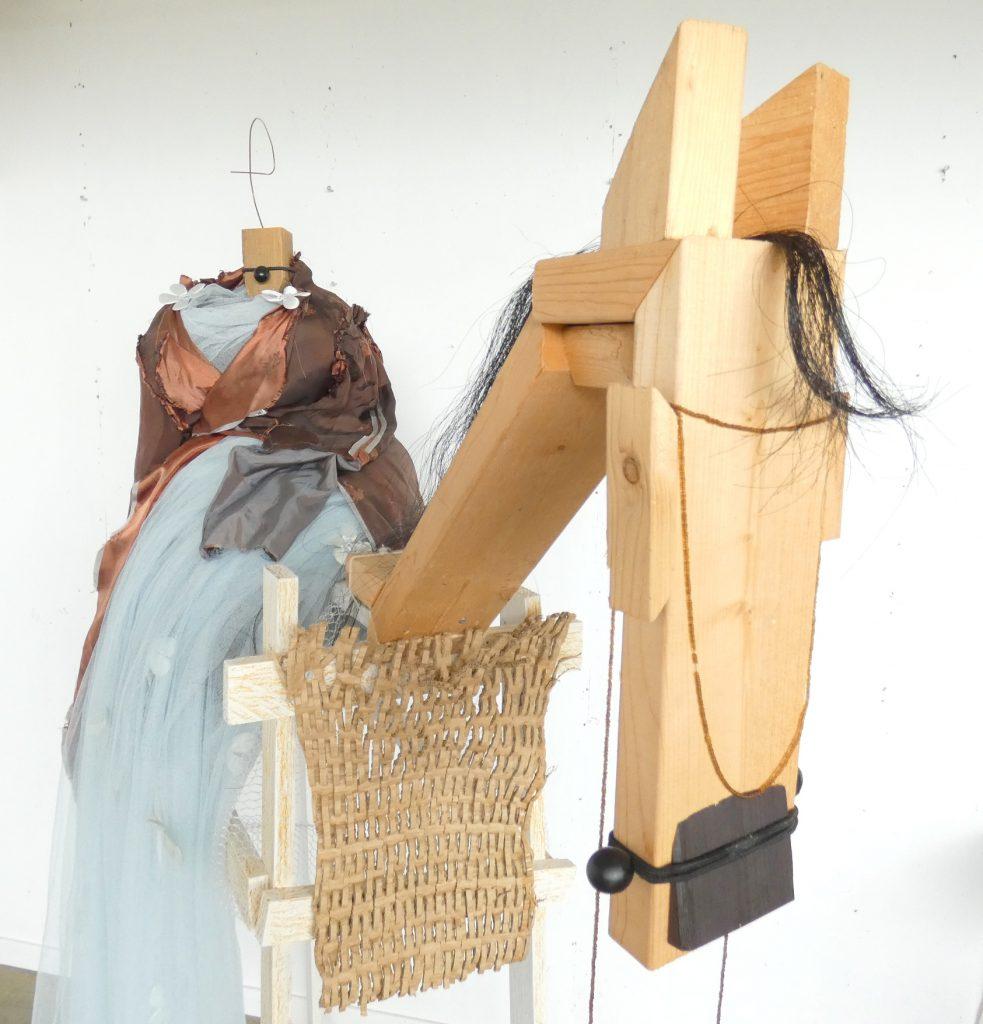 Amazone paard beeld, object, kunstbeeld textiel, textielkunst, hedendaagse kunst, Wietske Lycklama à Nijeholt