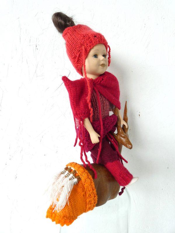 Breisels hert, knits, breisels rood, textielkunst, kunstbeeld, ruimtelijk werk, textielkunst, textiel art, artwork, dutchartist, kunstenaar Wietske Lycklama à Nijeholt